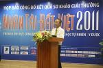 Tiến sỹ Nguyễn Long - Tổng thư ký Hội tin học Việt Nam, Chủ tịch Hội đồng sơ khảo - công bố kết quả chính thức vòng sơ khảo.
